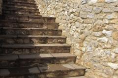 Large & Medium Faced Flint Stone Mixed