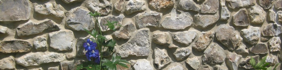Natural Building Stone: Broadhayes Faced Flint Stone